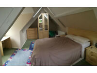 Lovely furnished house to share close Steyning. Private bathroom, living room