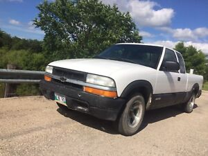Safetied Pick Up Chevy S10