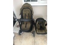Pram for sale Graco 3 in 1 good condition use 4 months