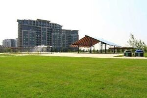 Available 1B+1D Condo for lease at Hwy 7 and Bayview/Leslie