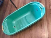 Brand new deluxe bath
