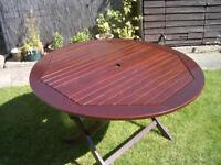 GARDEN TABLE ROUND HARDWOOD
