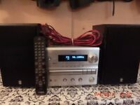 Yamaha receiver CRX-E300. In very good condition. Remonte control