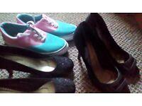 Black heels/trainers