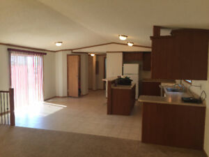 Spacious 3-Bedroom 2-Bath Family Home in Daysland