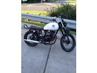 Lexmoto valiant 125 motorcycle motorbike