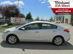 2015 Kia Forte LX **BLUETOOTH/ ACCIDENT FREE/ ONE OWNER**