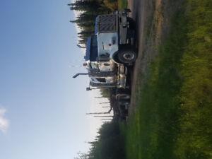 Complete unit. 07 western star.jeep / hayrack