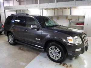 2006 Ford Explorer Limited ***Only 138900 km***