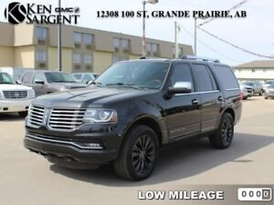 2015 Lincoln Navigator Base  - Low Mileage