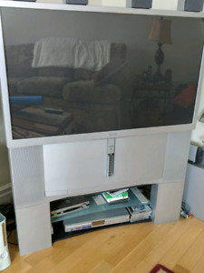 Free Sony TV with stand