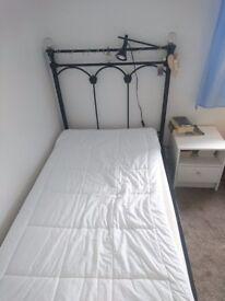 black single bedframe excellent condition