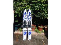 Pair Pro Trainer childrens water skis