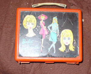 vintage early 1960s birdie lunchbox