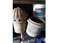 1 cowl &1 pot fore sale