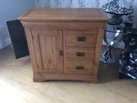Small Oakwood cabinet