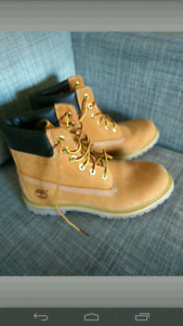 Brand new ladies Timberland boots, size 9