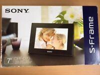 Sony S frame digital photo frame