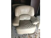 2 leather recliners