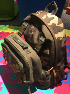 GAP Camo Backpack with Attachable Matching Lunch Bag, GREAT Cond