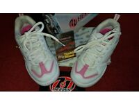 Heelys white and pink adult size 5 (38)