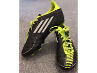 Men's football boots