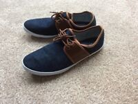 Men's casual red herring shoes blue/brown size 12