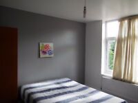 STRATFORD - 2 SPACIOUS DOUBLE ROOMS at WATER LANE. LOW MOVE IN COSTS