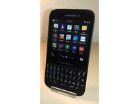 Blackberry Q5 - Vodafone - Good Condition + Charger