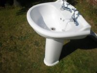 Bathroom / Toilet Sink-Basin with pedal stool white