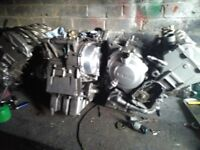 R6 5EB or mt CYLINDER HEAD
