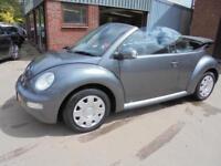 Volkswagen Beetle Cabriolet 1.6 2005 '55'.