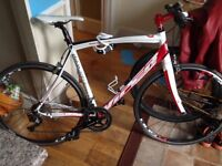 Viper s'concept customised road bike worth £1800selling for £450 can negotiate