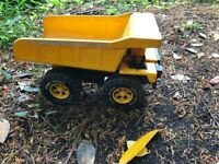 Sandpit; Bob the Builder machines and figures and large lorry (steel roder)
