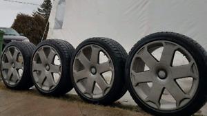 """Mags de Audi S4. 18"""" avec Pneus D'hiver 235 40 R18"""
