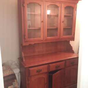 Vilas hutch and base, table and chairs