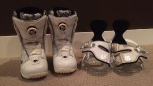 White snowboarding boots and bindings set