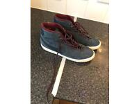 Men's Nike high top trainers size 9