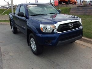 2015 Toyota Tacoma SR-5/POWER OPTIONS/BACK UP CAMERA/4X4