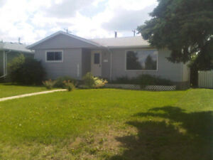 Gorgeous 3 Bedroom - Must see!