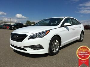 2015 Hyundai Sonata GL FWD *Backup Cam* *Heated Cloth*