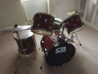 Drum Kit - perfect for beginners RRP £200 - SELLING FOR £20