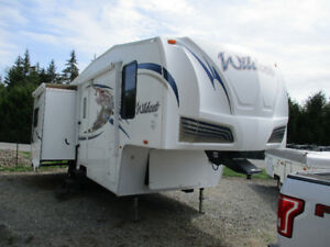 Fifth wheel Wildcat 2011 252RL (27.3 pi)