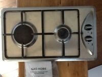Gas hob with 2 burners