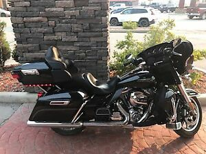 2014 Harley Davidson Electra Glide Ultra Classic - with Warranty