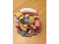 Classic Pooh. A0067 Pooh sleeping