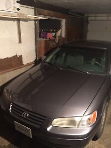 Toyota Camry XLE for parts