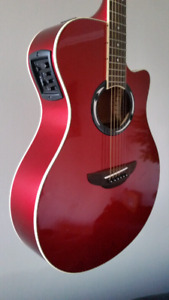 Yamaha Thinline Acoustic / Electric Guitar
