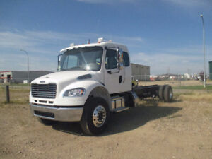 2018 Freightliner M2-106 Extended Cab