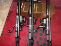 Carp Rods 3 X Leeda Rogue 12ft 3lb TC Carp Rods and Matching 6500FS Big Pit Bait Runner Reels New !